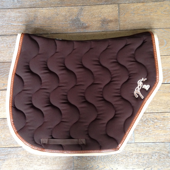 Tapis Pénélope Sport choco point sellier caramel