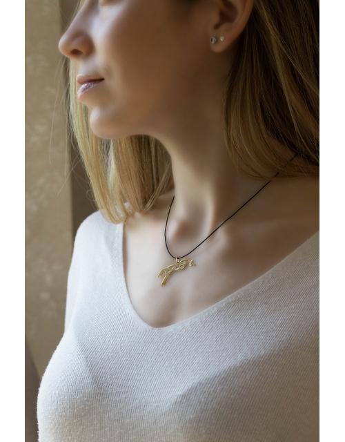 Gold necklace karatina