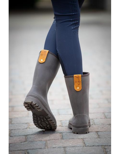 Lola rain boots on Pénélope-store